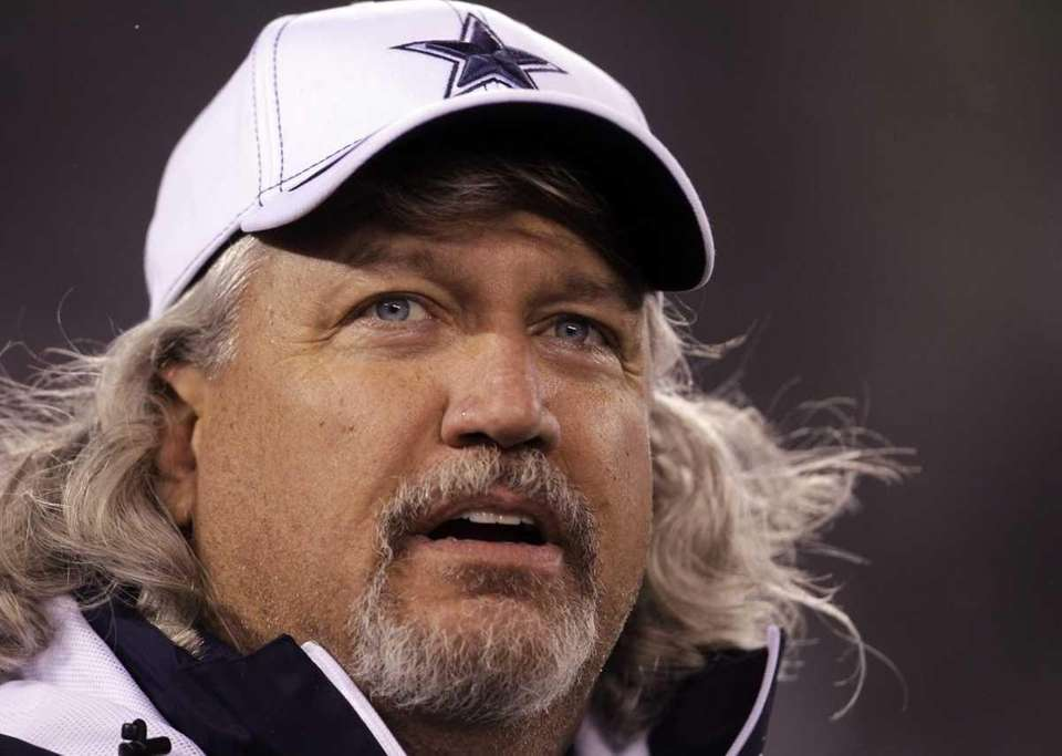 Dallas Cowboys defensive coordinator Rob Ryan waits for