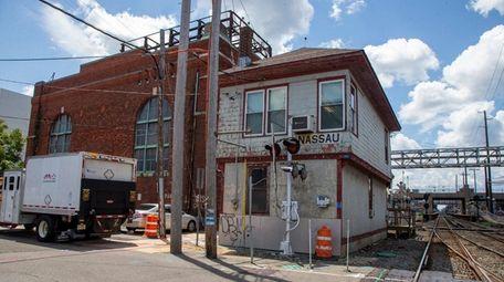 The LIRR plans to demolish Nassau Tower to