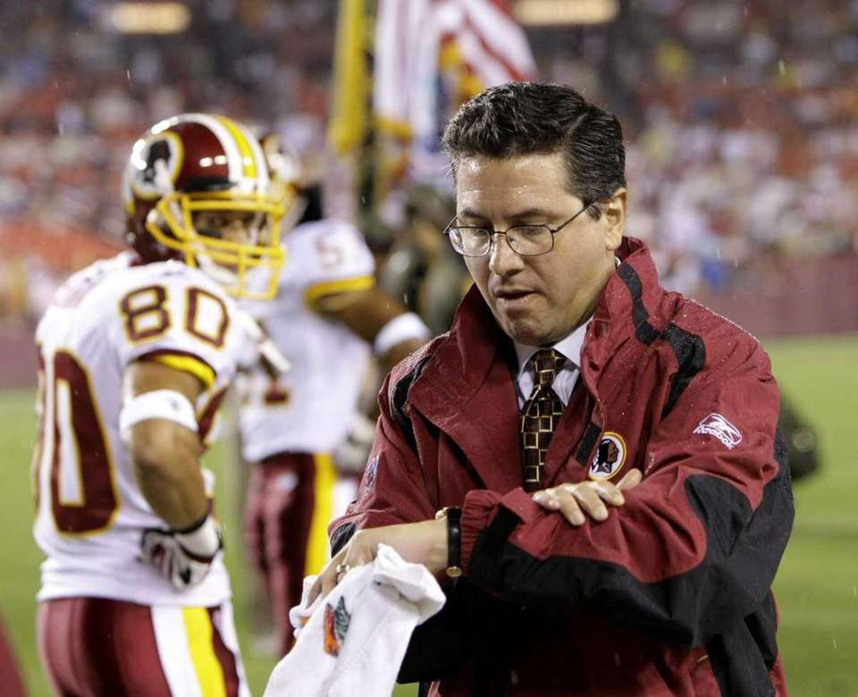 Daniel Snyder, owner of the Washington Redskins, donated