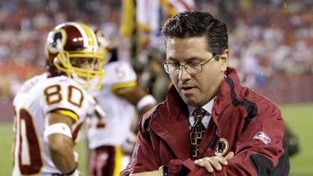 Daniel Snyder, owner of the Washington Redskins, donated