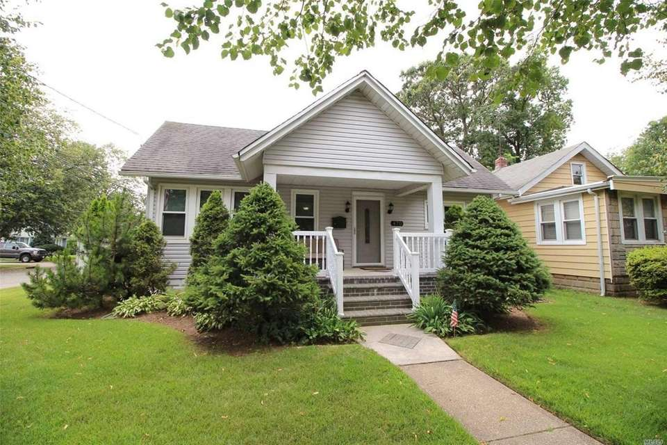 This Baldwin bungalow includes two bedrooms and one
