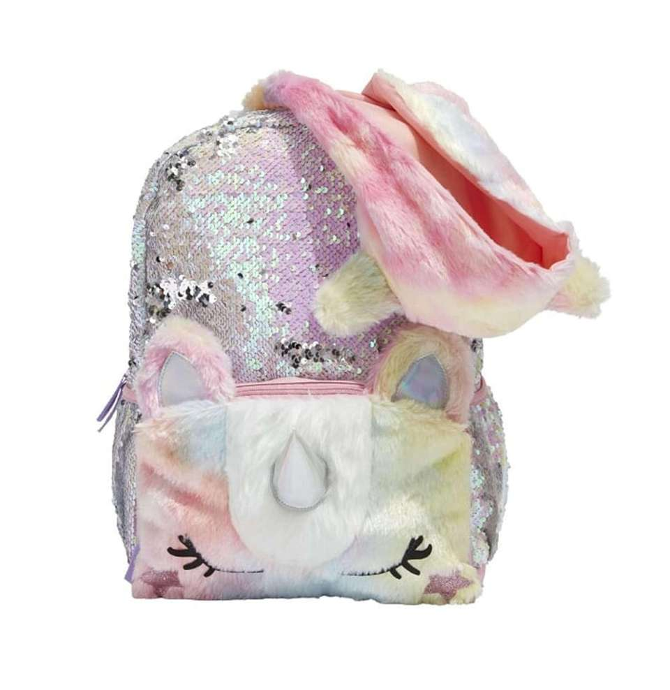 Students wearing this trendy unicorn backpack won't be