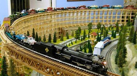Model Train Show will be held November 27-28,