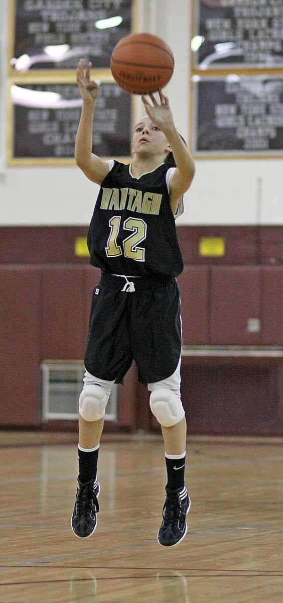 Wantagh's Christina Peden lets it fly. (Jan. 5,