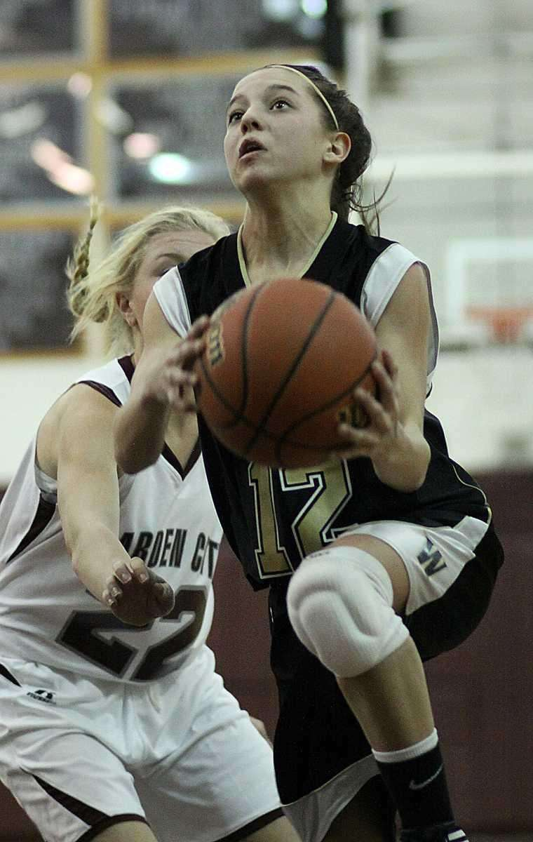 Wantagh's Christina Peden goes in for the layup.