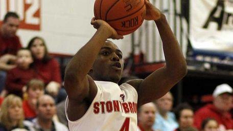 Stony Brook's Anthony Jackson lines up the three-pointer
