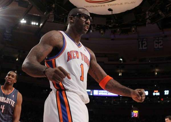 Amar'e Stoudemire celebrates a basket against the Charlotte