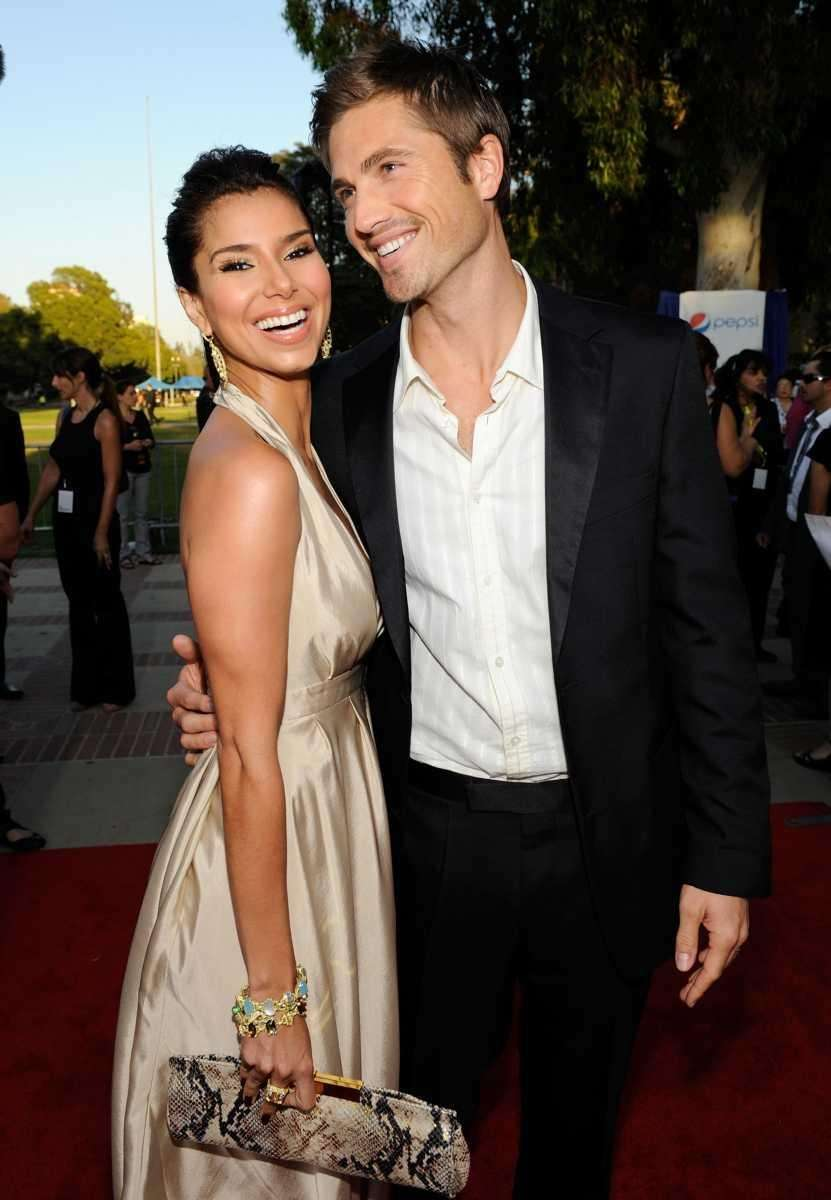 Parents: Roselyn Sánchez and Eric Winter Child: Sebella