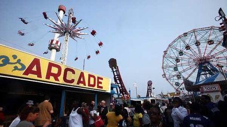 Coney Island: Nathan's hot dog, back-to-back rides on