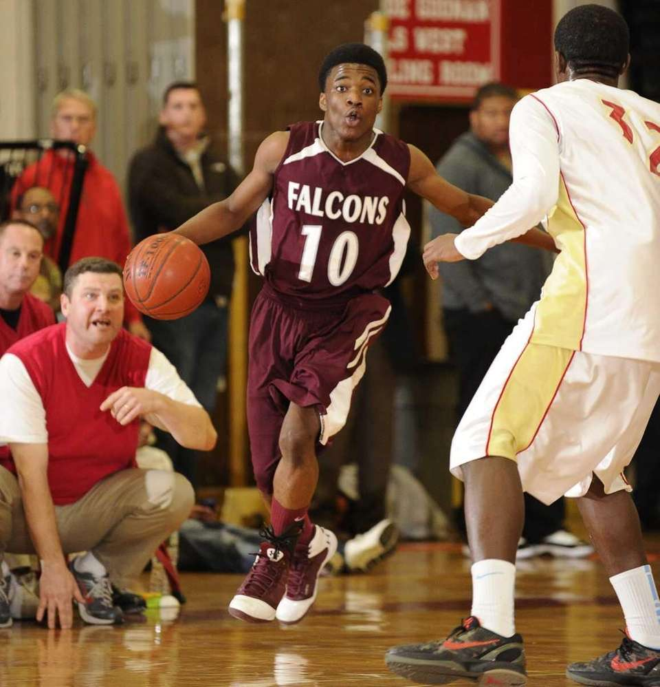 Deer Park guard Kyle Bradford controls the ball