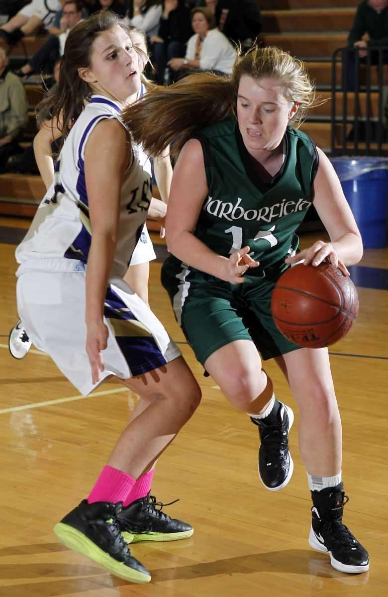 Harborfield's Amy Werbitsky drives the baseline against Islip's