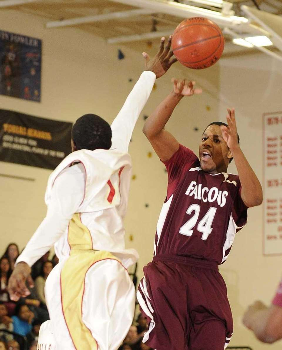 Deer Park guard Keith Williams shoots past a