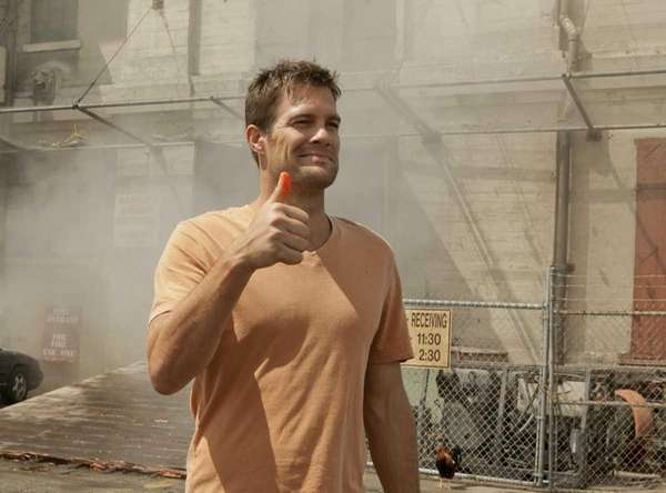 Geoff Stults as Walter Sherman in the series
