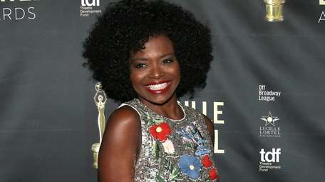 LaChanze attends the 33rd Annual Lucille Lortel Awards