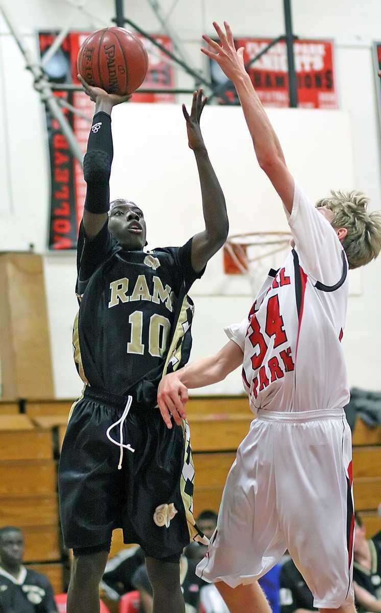 West Hempstead's Tyree Glascoe shoots over Floral Park's