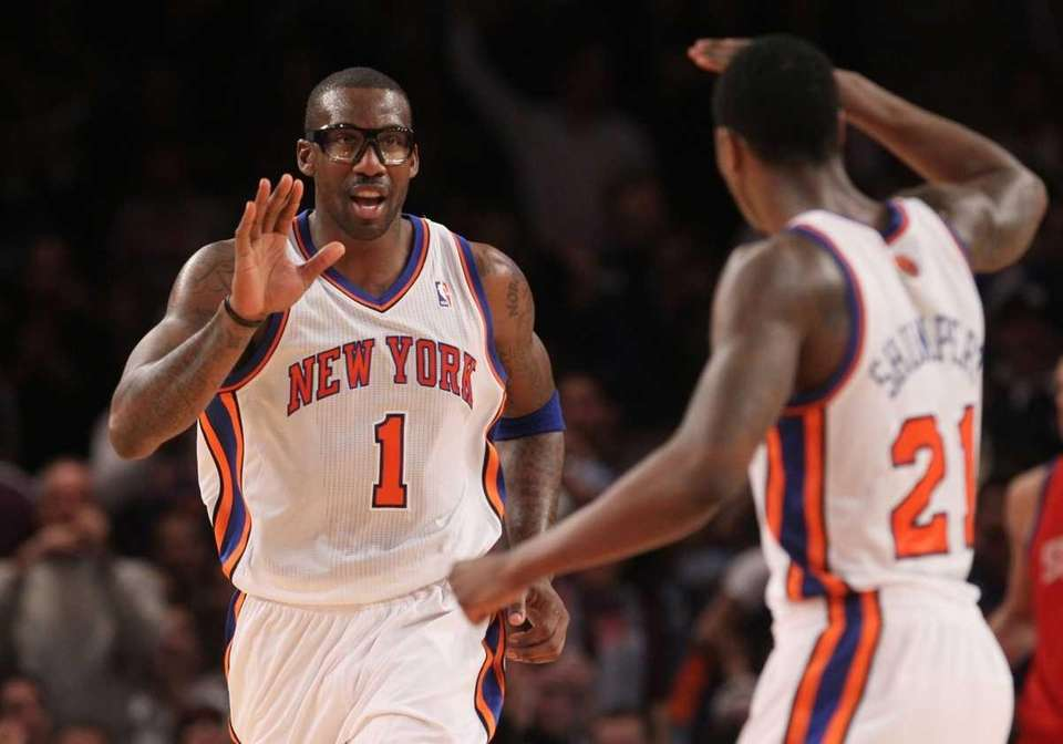 Amare Stoudemire celebrates a basket against the Philadelphia