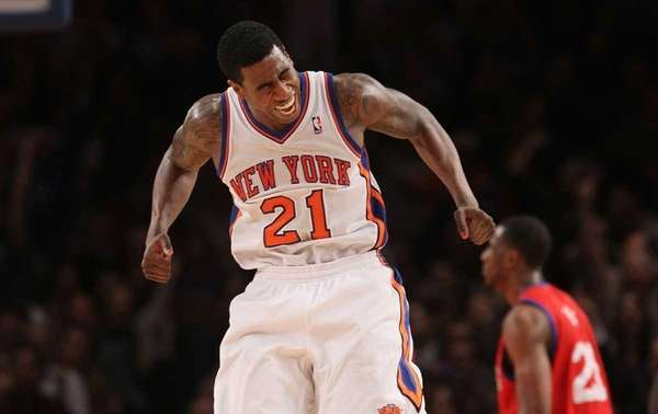Iman Shumpert celebrates after his steal led to