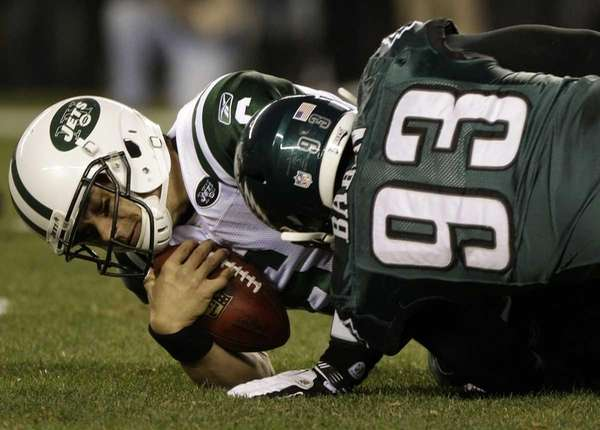 Philadelphia Eagles defensive end Jason Babin (93) sacks