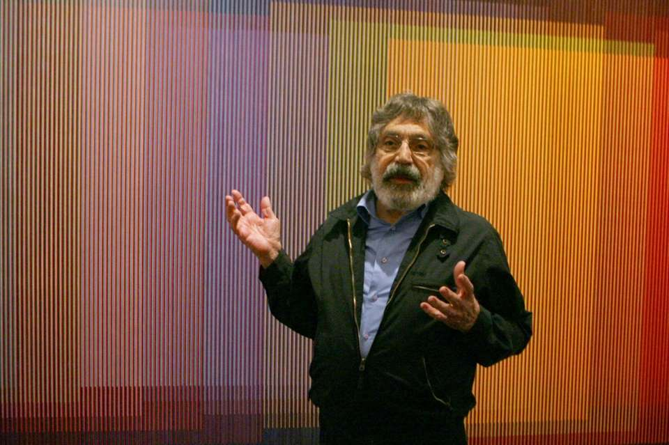 Carlos Cruz-Diez, a leading Venezuelan artist who won