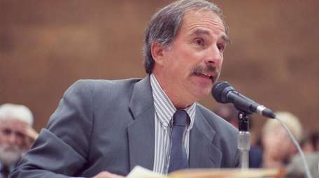 Alan Schneider, former personnel director of Suffolk's civil