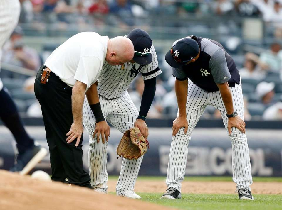 New York Yankees Trainer Steve Donohue and manager