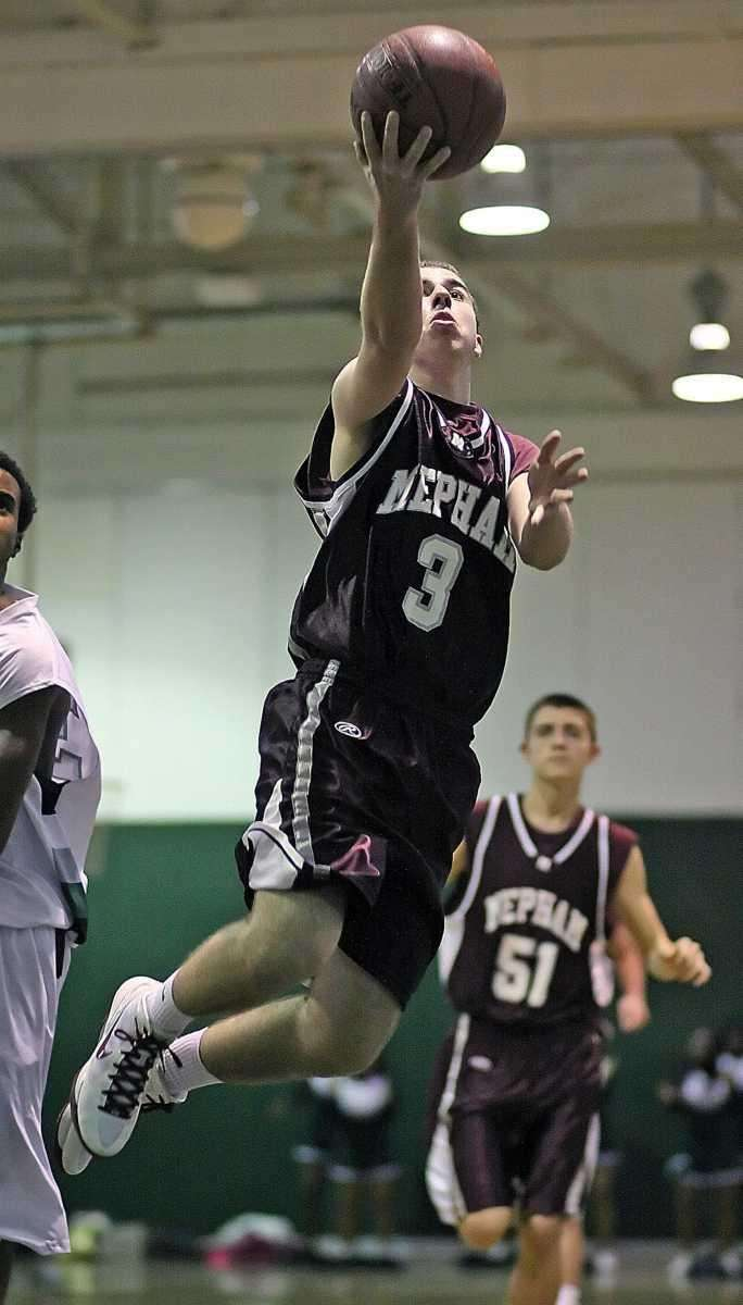 Mepham's Kyle Wechsler gets two on the layup.