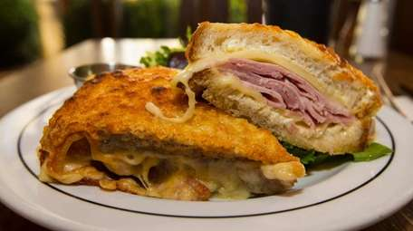 Croques monsieur, a traditional French bistro sandwich, contains