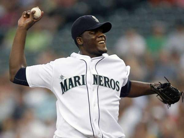 The Seattle Mariners have agreed to trade right-hander