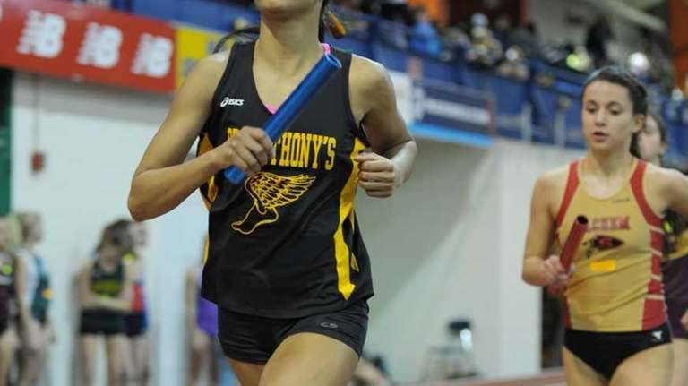 Olicia Williams of St. Anthony's running the anchor