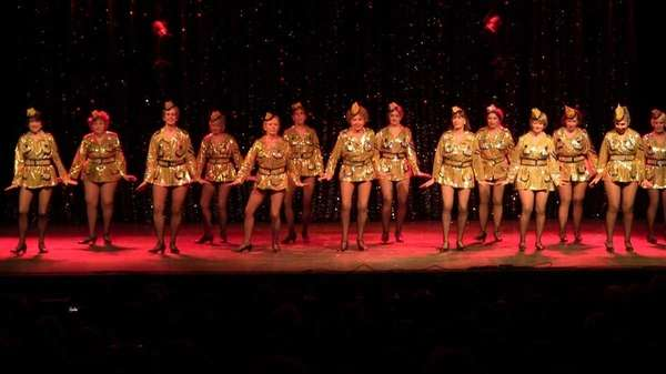 The Red Hot Mamas, of Huntington, perform at