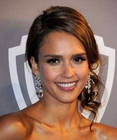 Actress Jessica Alba arrives at the 13th Annual