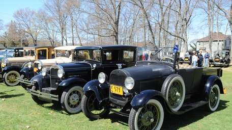 Model A Ford Club of Long Island drivers