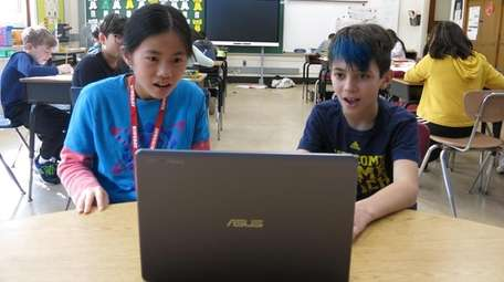 Kidsday reporters Julia Xu and Charlie Gorenstein test