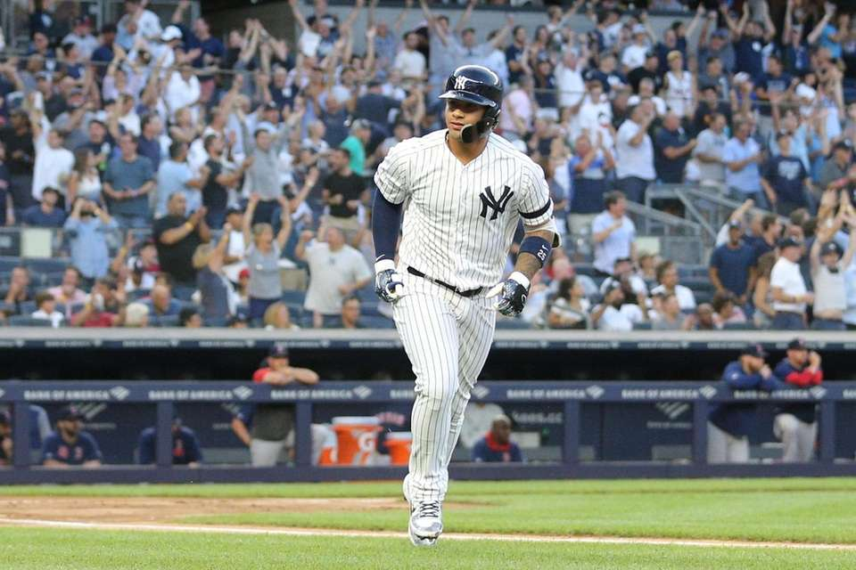 Gleyber Torres starts his home run trot after
