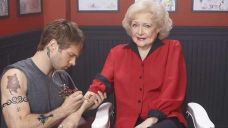 Betty White gets a tattoo on NBC's show