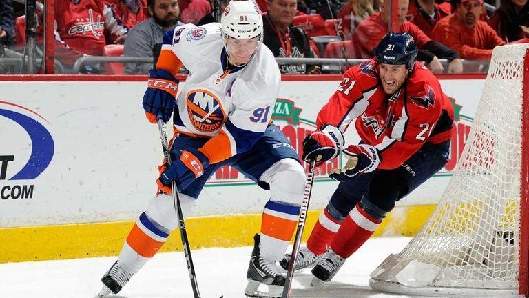 John Tavares of the New York Islanders brings
