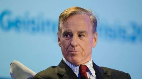 Howard Dean speaks at the Geisinger's National Healthcare