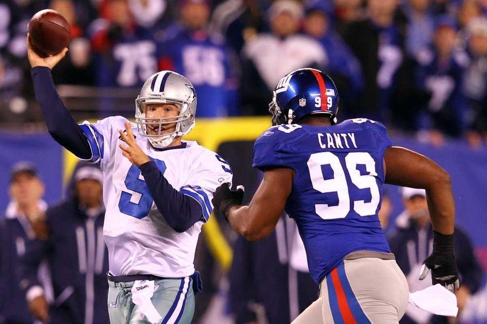 Week 17: Tony Romo 29 of 37, 289