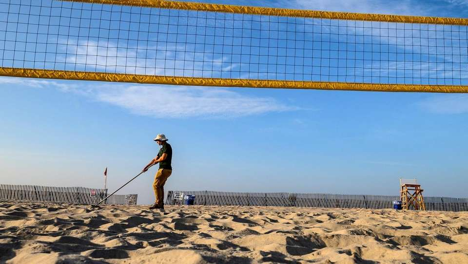 Jones Beach worker Jack LalPadula getting the volleyball