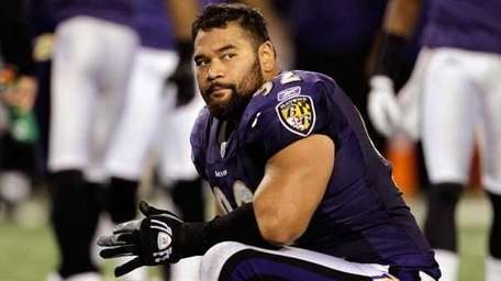 Haloti Ngata #92 of the Baltimore Ravens.