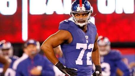 Osi Umenyiora #72 of the New York Giants.