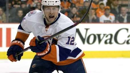 New York Islanders' Josh Bailey charges towards the