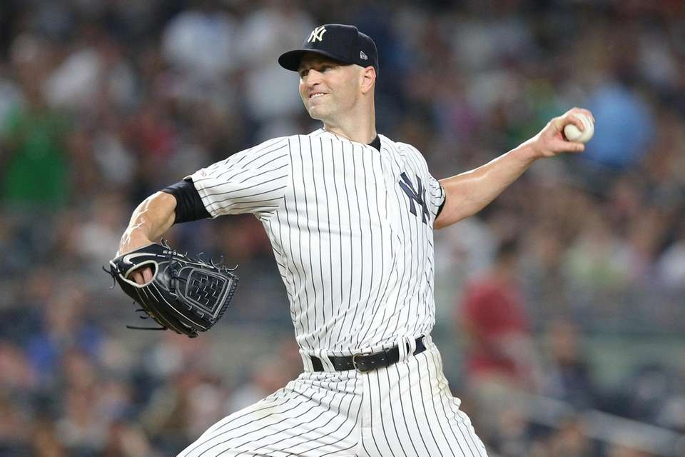 New York Yankees starting pitcher J.A. Happ (34)