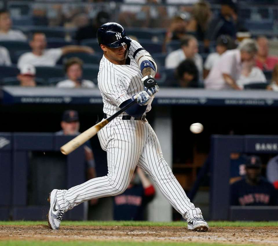 Yankees second baseman Gleyber Torres doubles in the