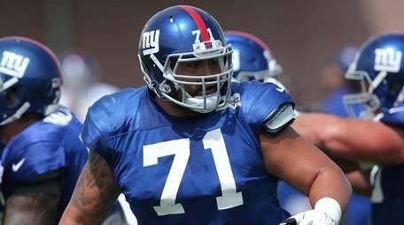 Giants offensive guard Will Hernandez blocks against the