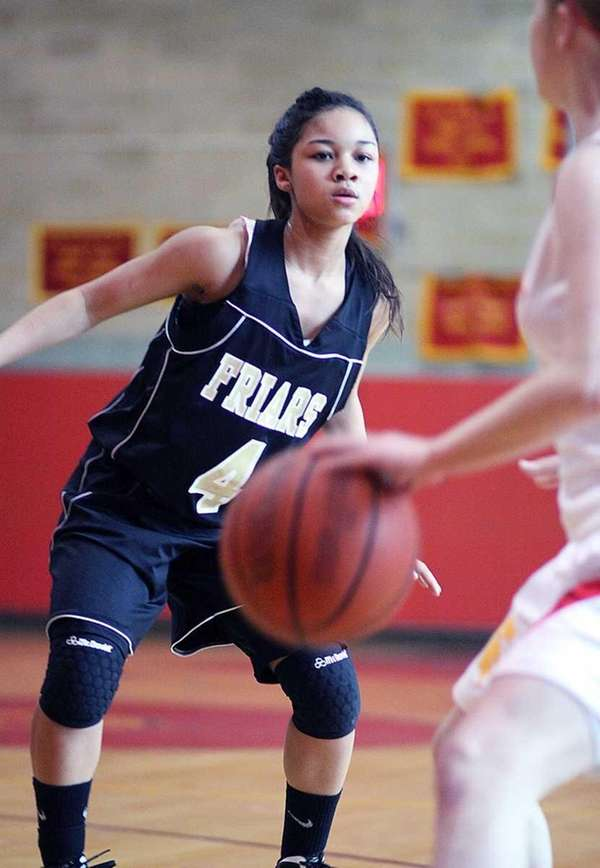 St. Anthony's Tyla Parham looks to defend. (Jan.