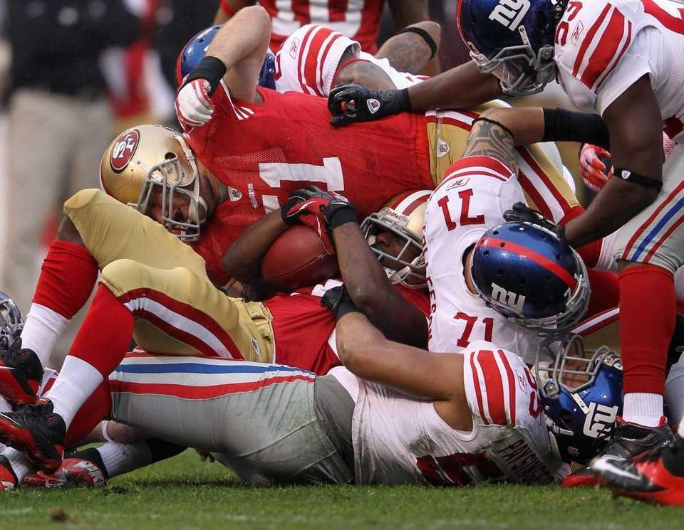 Kendall Hunter of the San Francisco 49ers is