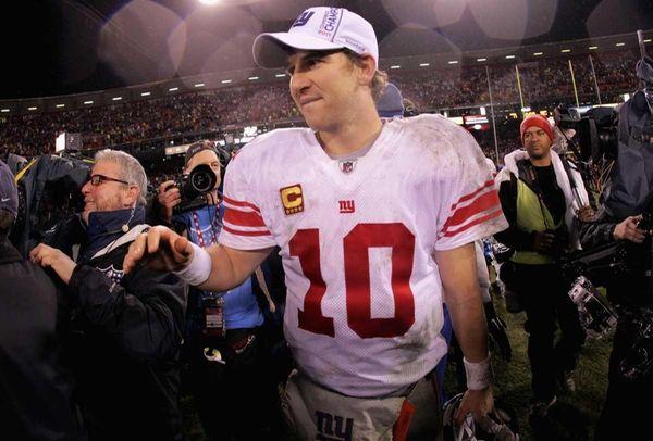 Eli Manning of the New York Giants celebrates