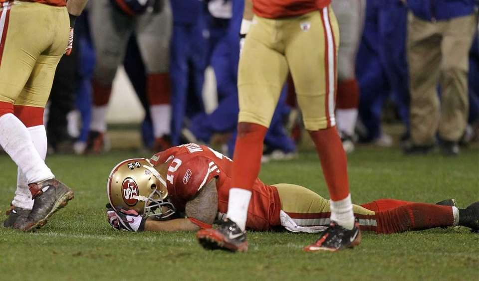 San Francisco 49ers wide receiver Kyle Williams lays