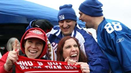 Fans of the New York Giants and fans